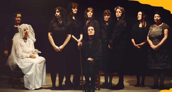 """La casa de Bernarda Alba"""" amb el Grup de Teatre Espiral"""